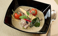 Green Curry with Beef, Baby Sweetcorn and Cherry Tomatoes